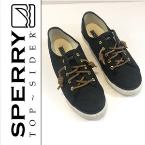Sperry Women's Seacoast Black Canvas Sneaker - 9.5